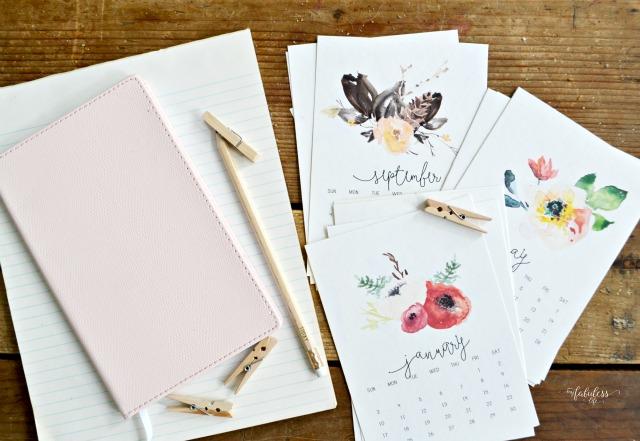 Free-Printable-2016-Desk-Calendar-MyFabulessLife.com_